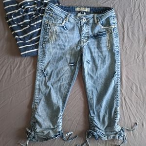 Apollo Distressed Capri Jeans Size 3/4 ~EUC~